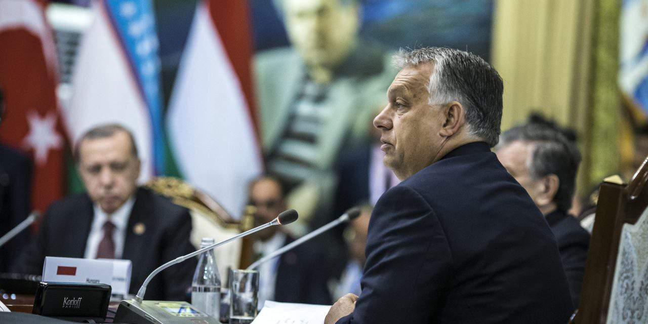 Socialists to vote in support of Sargentini report which 'condemns Orbán government'
