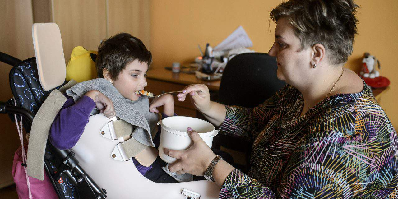 Orbán cabinet to raise subsidy for parents taking care of permanently sick children