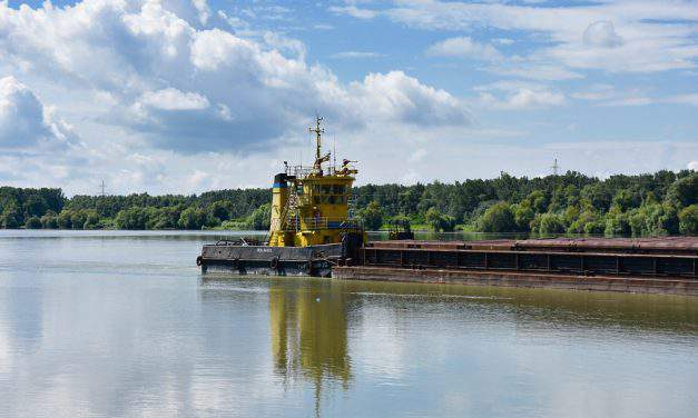 Climate change in Hungary? Record low water levels hinder shipping on the Danube