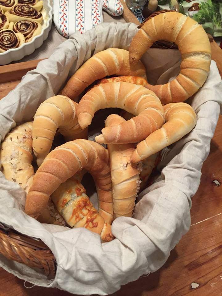 kifli, savoury pastry