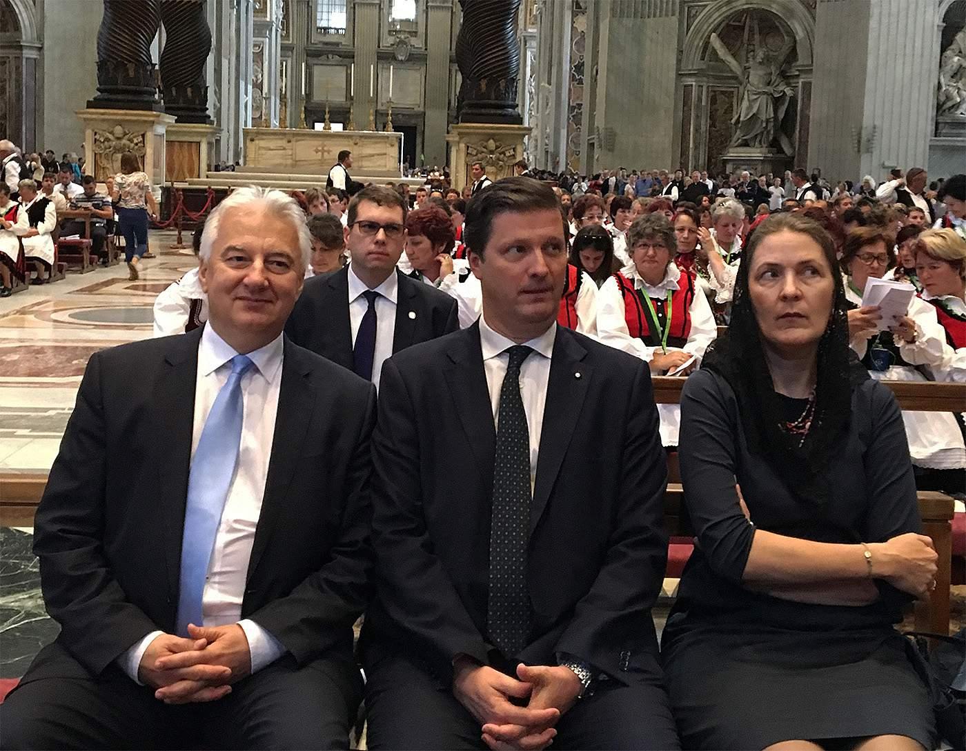 Deputy PM in Vatican