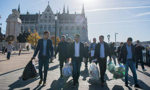 Disaster management authority takes over waste collection in Pest, Nográd villages