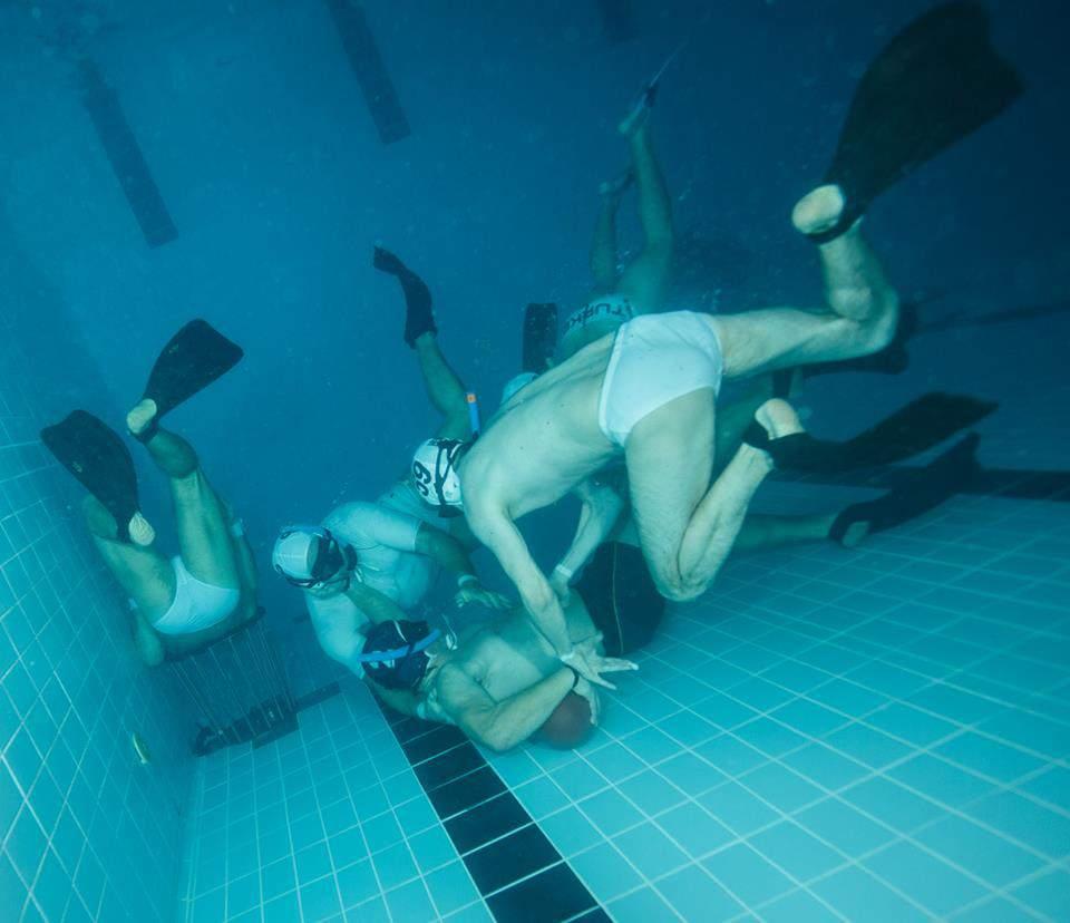 underwater rugby team