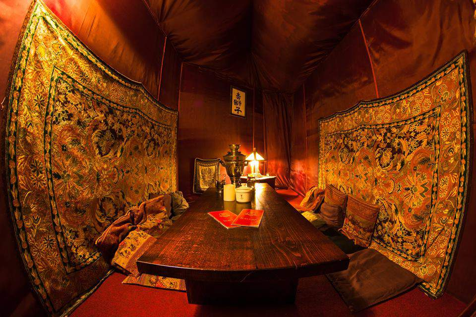 teahouse hideaway