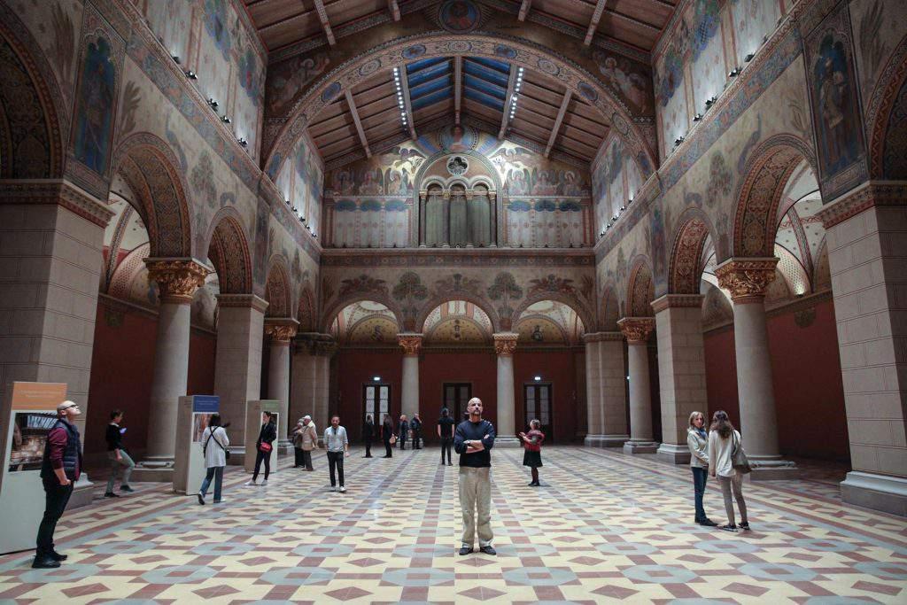 Megnyílt a Szépmûvészeti Múzeum Leonardo da Vinci-kamarakiállítás nyílt a Szépmûvészeti Múzeumban Leonardo da Vinci-kamarakiállítás nyílt a Szépmûvészeti Múzeumban BAÁN László Szépművészeti Múzeum Hungarian National Museum of Fine Arts