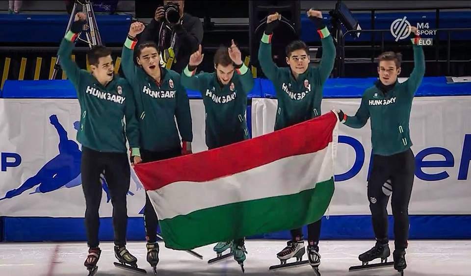 Gyorskorcsolya Győzelem Hungary Win World Record Calgary