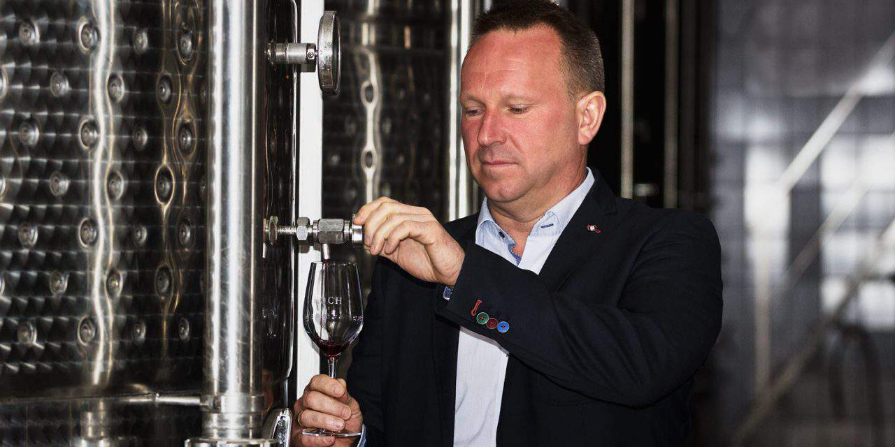 Hungarian winemaker becomes member of a French knighthood