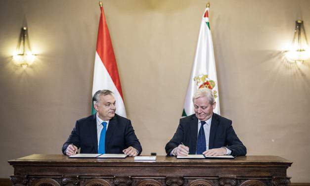 PM Orbán, Mayor Tarlós sign pact on Budapest cooperation