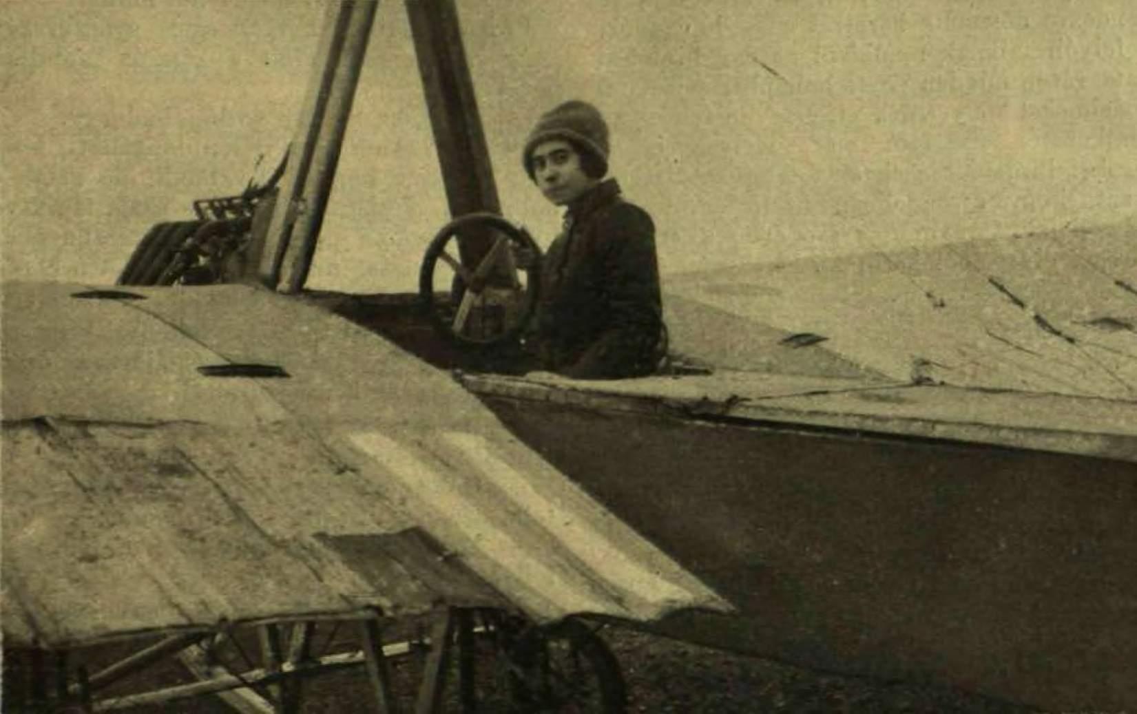 Steinschneider Lilly, pilot, airwoman