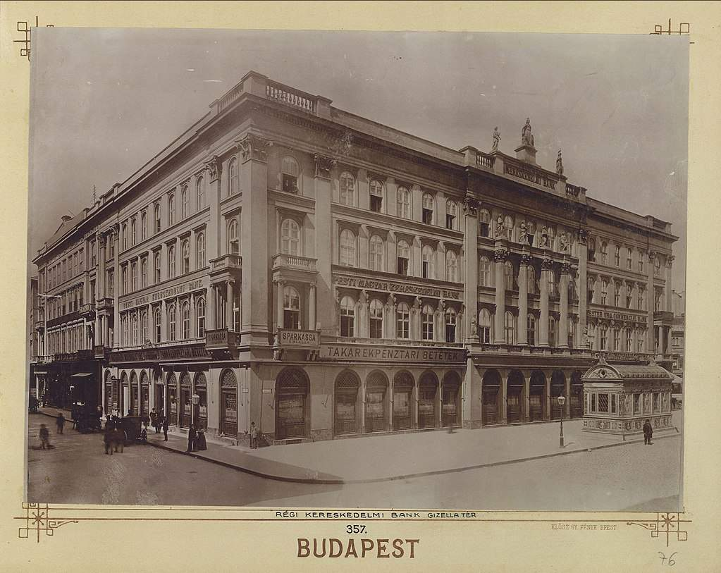 old, square, Budapest, building