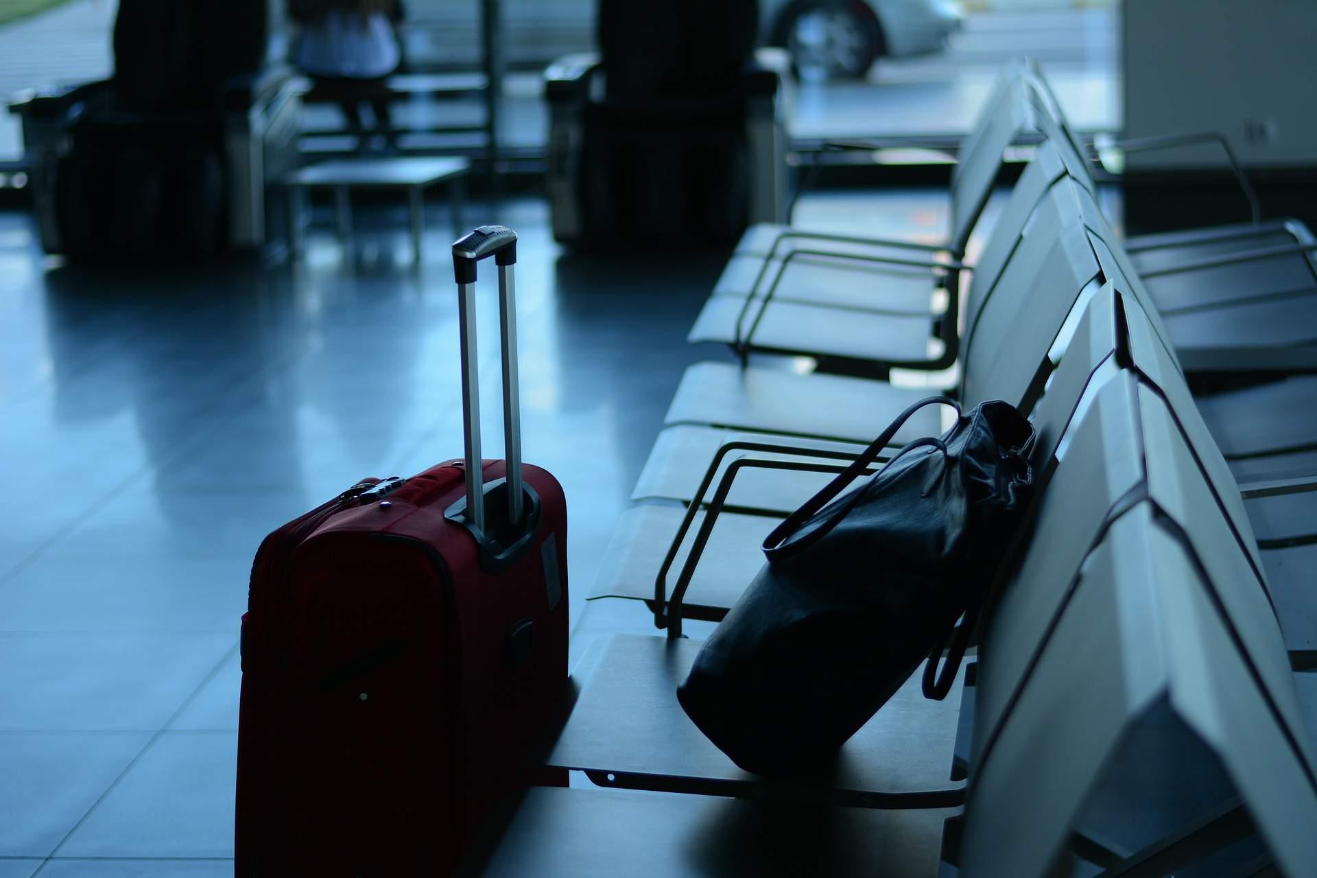 airport, emigration, lugagge, leaving