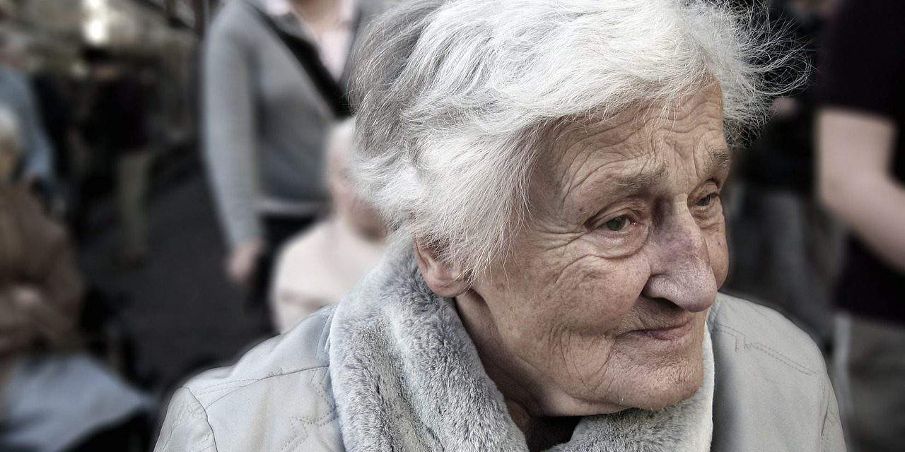 House mafia in Budapest took the homes of elderly people