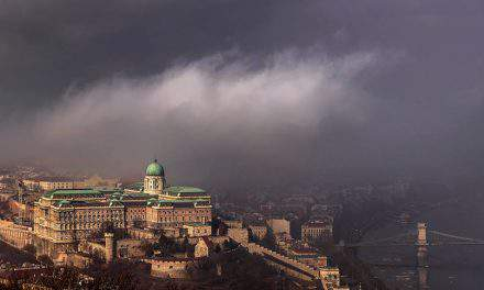Budapest through the fog – Stunning photo gallery