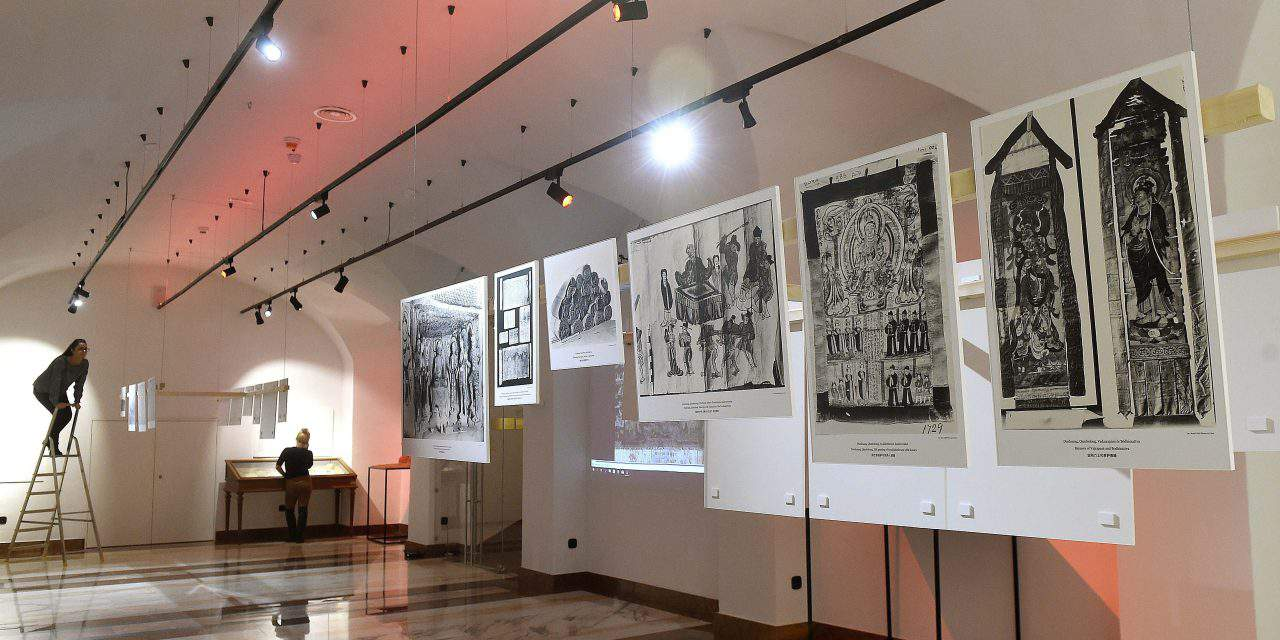 Exhibition dedicated to Hungarian explorers of Silk Road