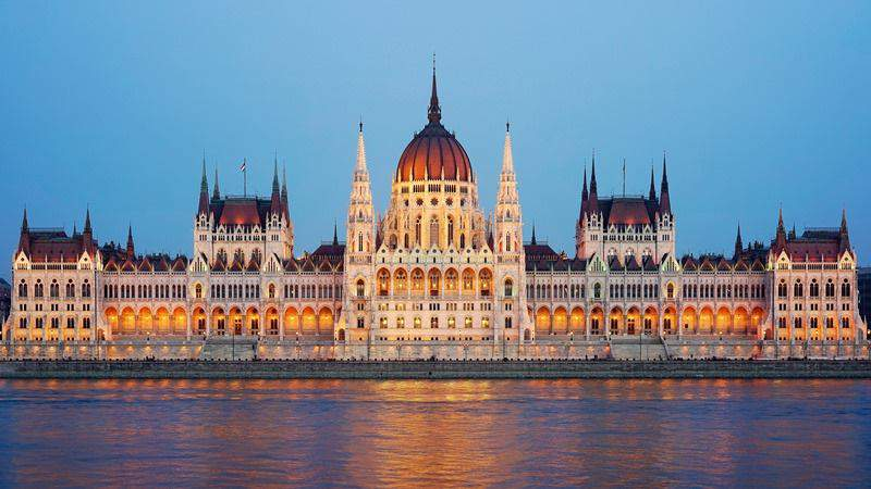 All the beauties of the Hungarian Parliament