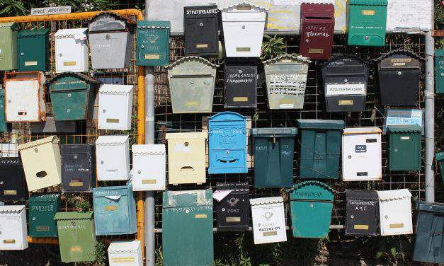 Looking for a decorative residential mailbox? Here are some buying tips