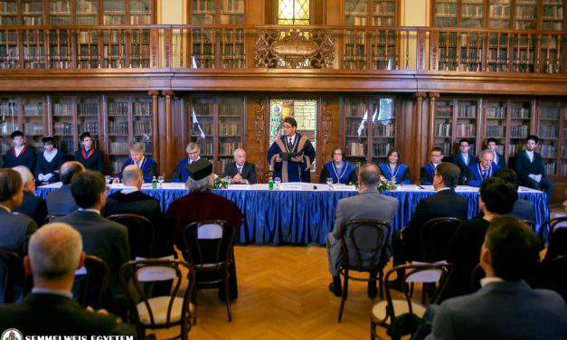 Eight professors have received the Doctor Honoris Causa Award of Semmelweis University