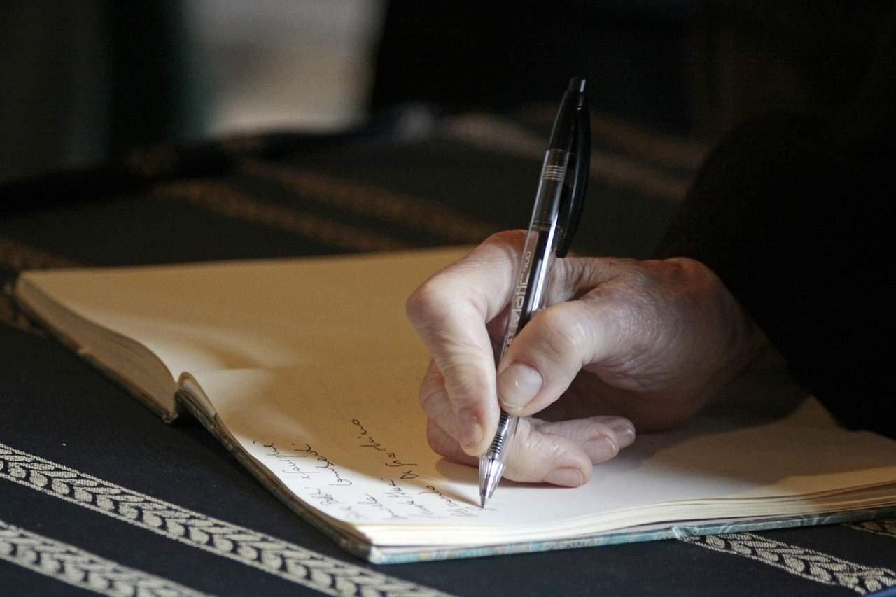 will writing hand