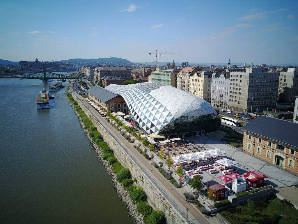 Bálna, building, Budapest