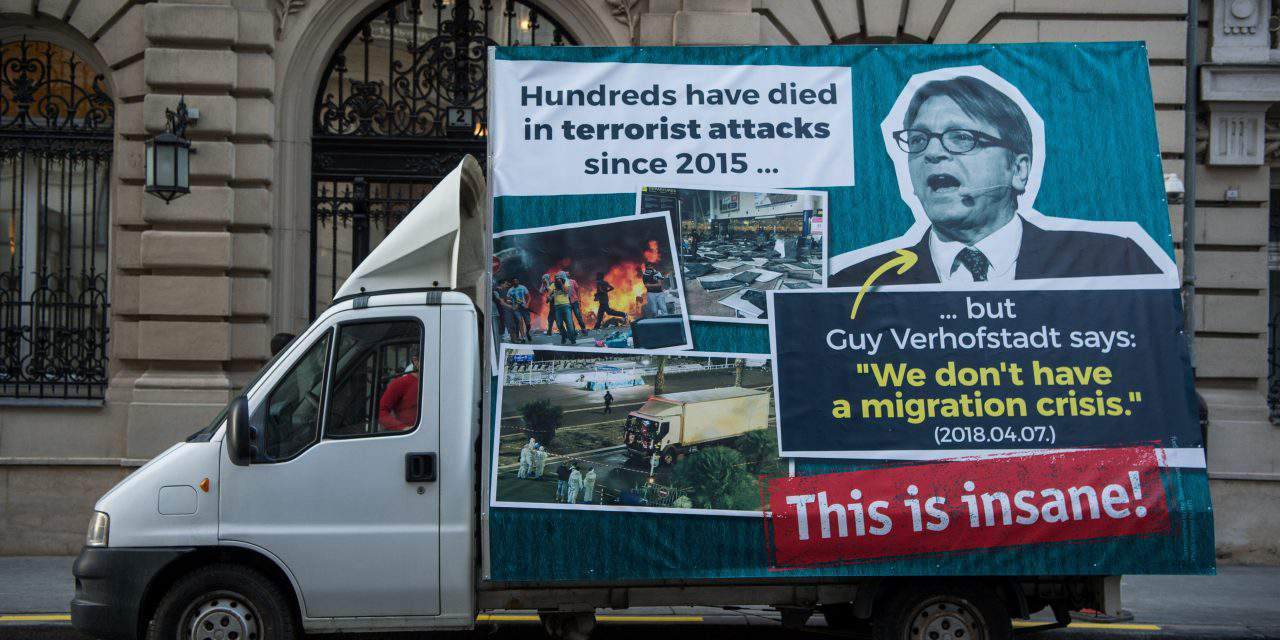 Orbán cabinet mobile ad campaign in Brussels 'censored', says government