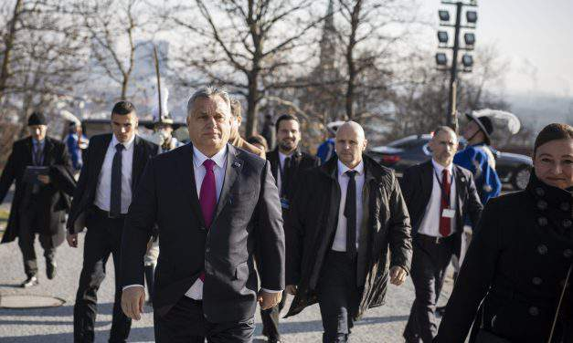 Orbán and government's huge media empire unites as one