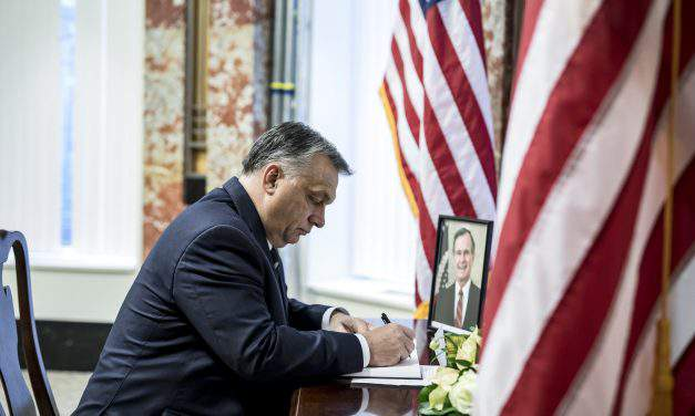 Orbán writes message of condolence at US embassy