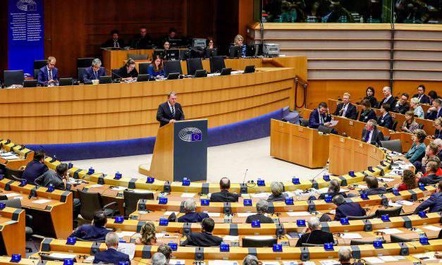 Fidesz MEP: EP's 'pro-migration majority haywire' over migrant visas