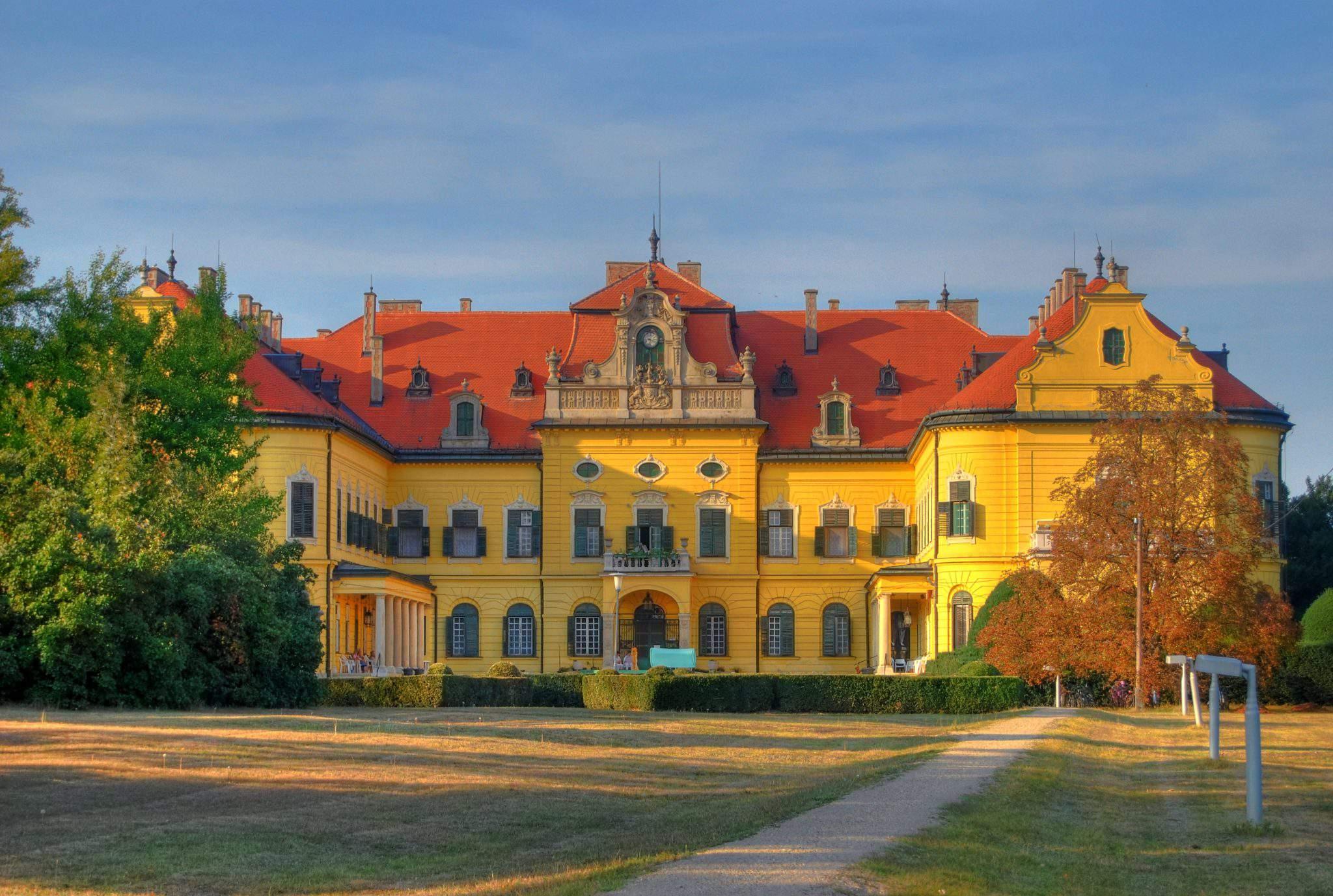 Nagymagocs Karolyi kastély Castle