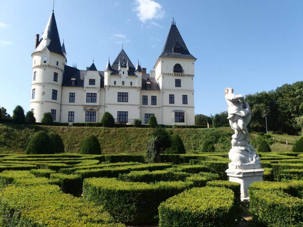 Andrássy Castle Tiszadob Kastély