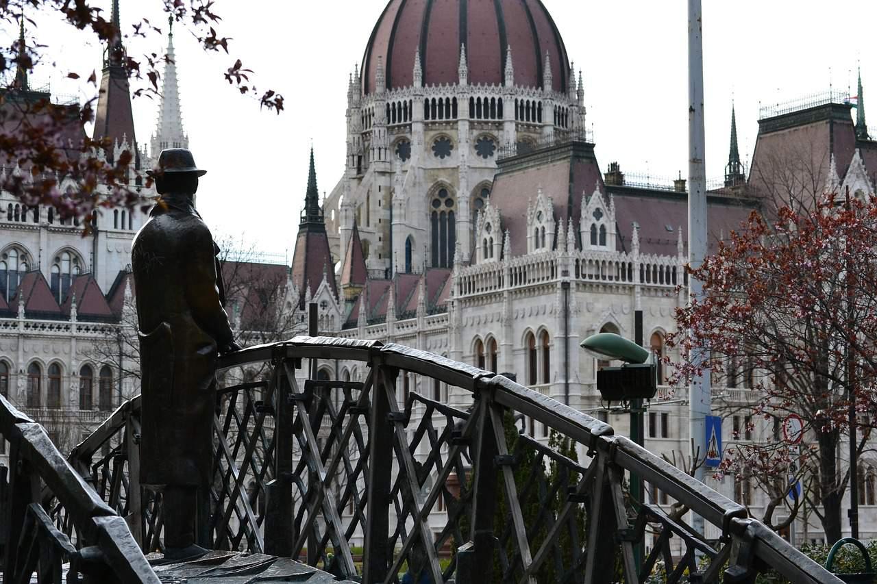 budapest-nagy imre statue