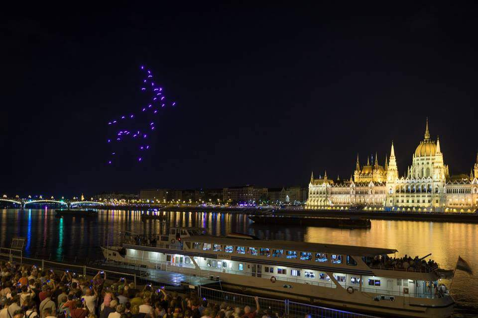 Hungarian startup performs extraordinary show for the British Royal Family