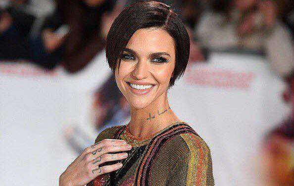 Australian actress Ruby Rose is keen on helping Hungarian healthcare