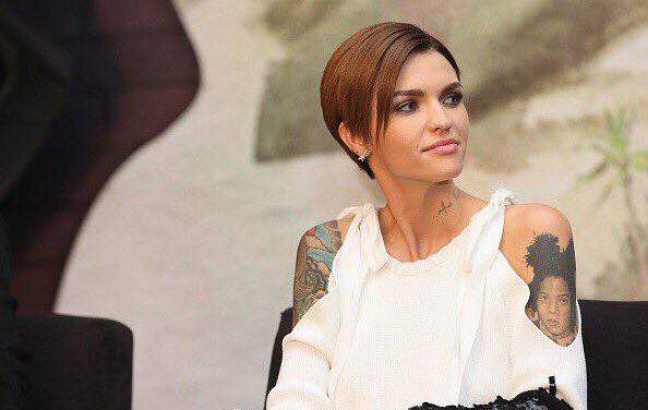 Australian actress Ruby Rose gave 150 medical duvets and toys to Heim Pál Children's Hospital – photos