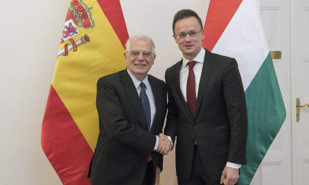 Hungary will continue to support Spain's territorial integrity, says foreign minister
