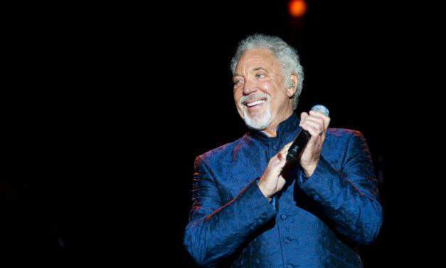 Tom Jones is coming to Budapest