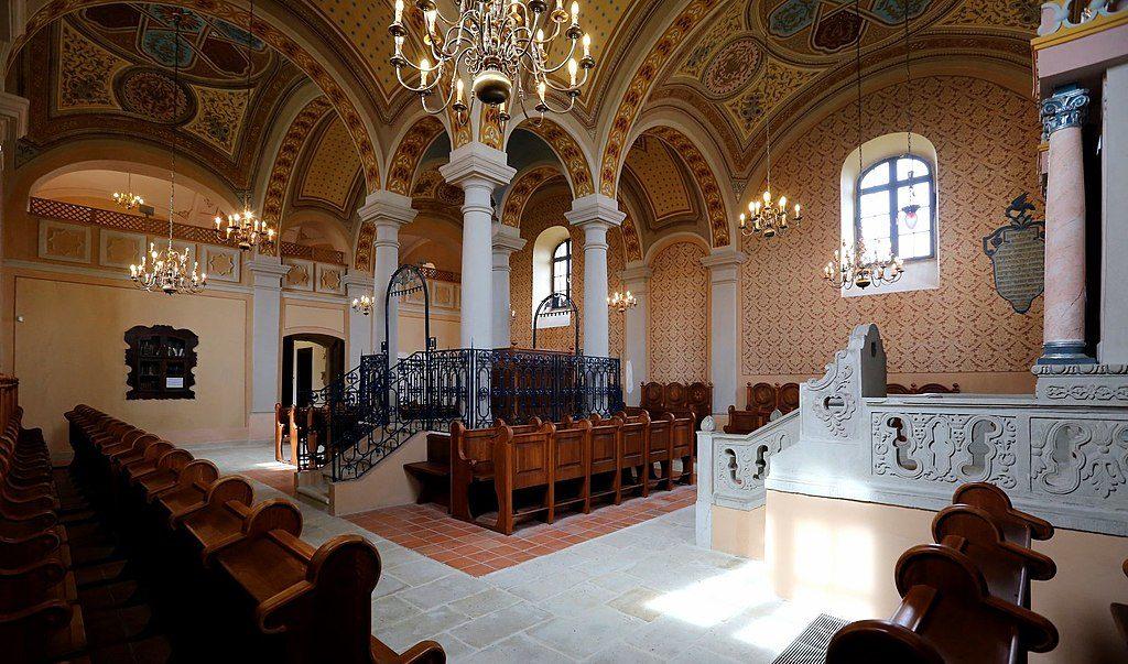 zsinagóga synagogue mád hungary magyarország