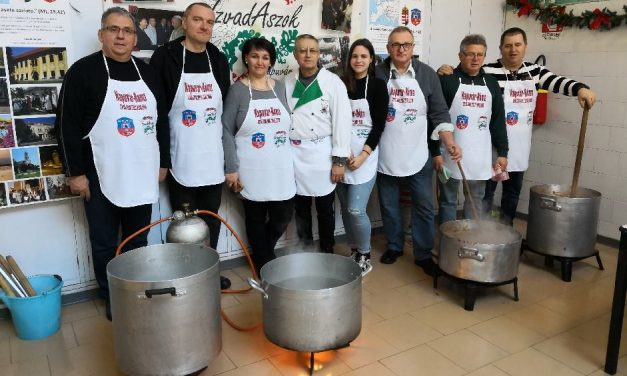 Free Hungarian stew in Rome