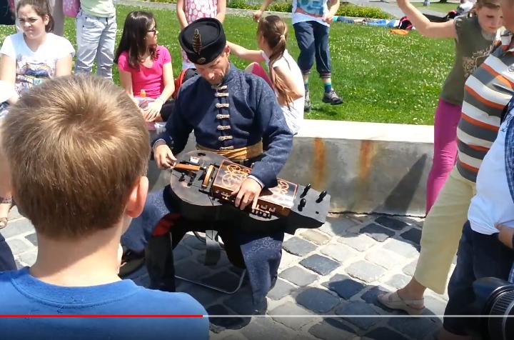 Hurdy-gurdy player Budapest