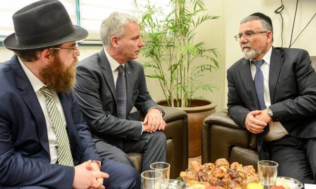 Hungarian state secretary discusses religious ties in Jerusalem