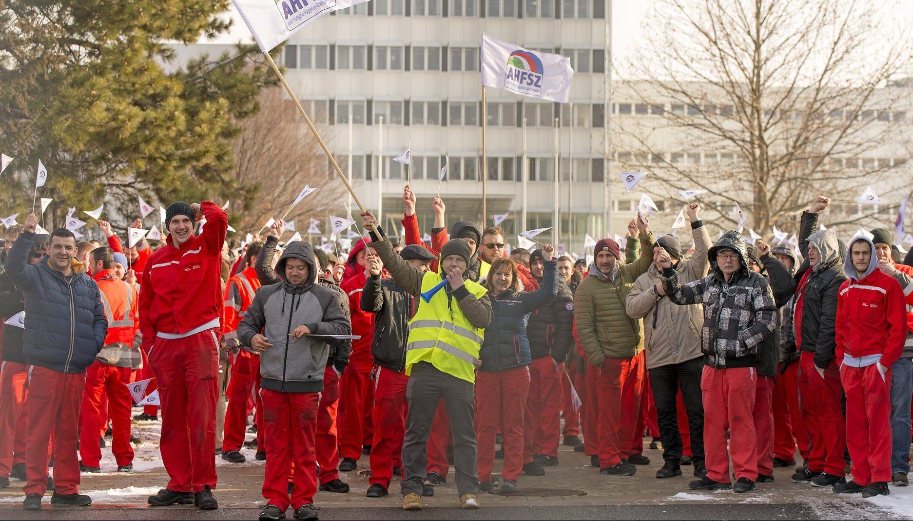Audi strike wage