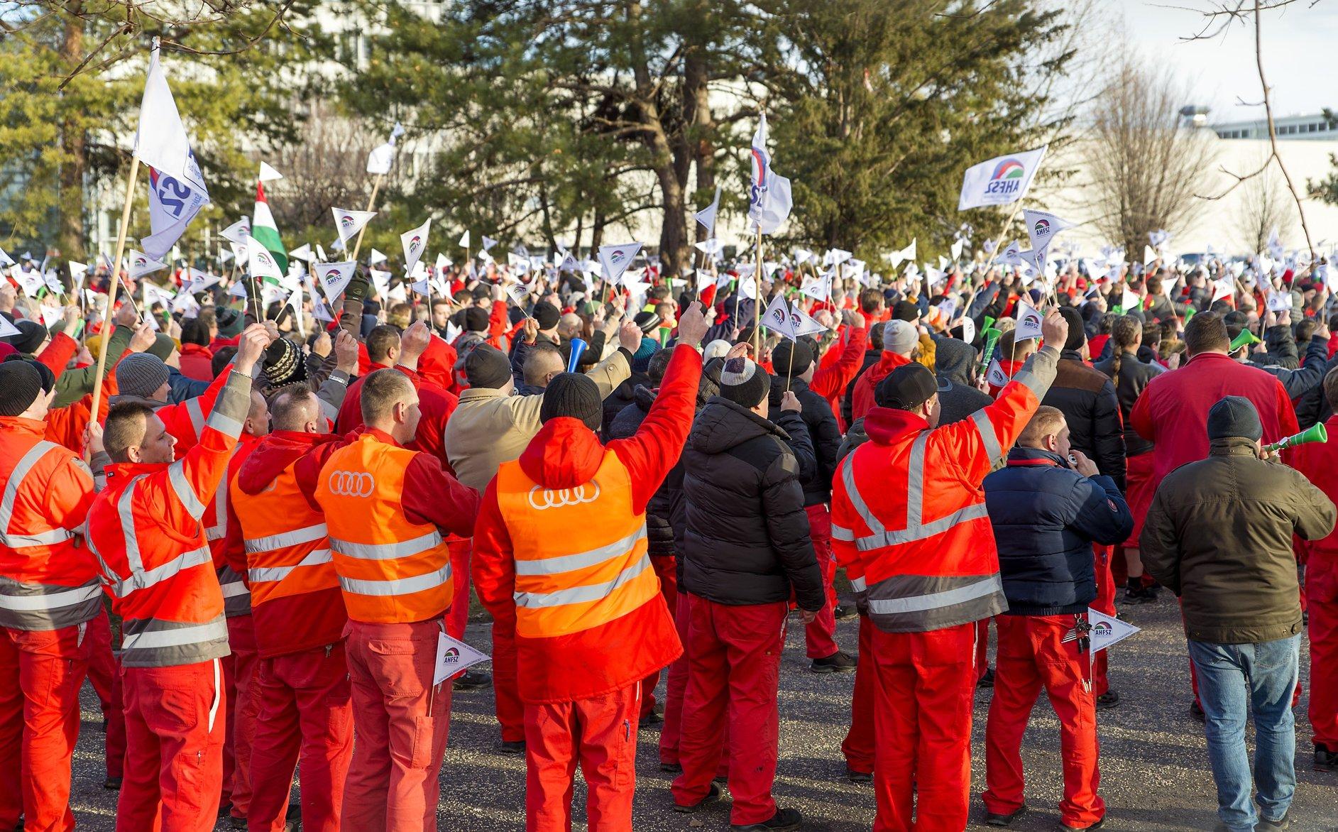 audi strike Hungary győr