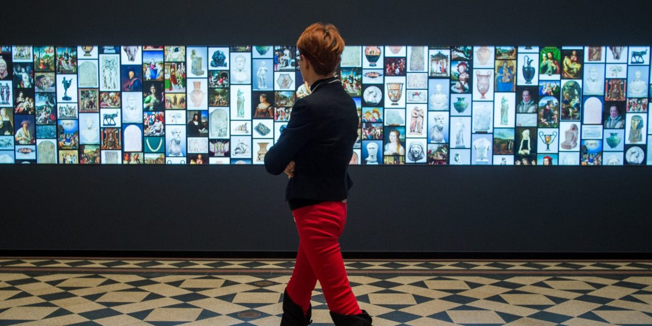 Budapest's Museum of Fine Arts has a giant interactive LCD display – Photo Gallery