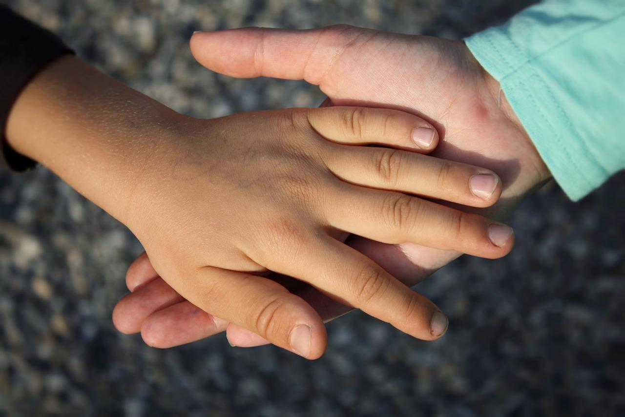 hand-children