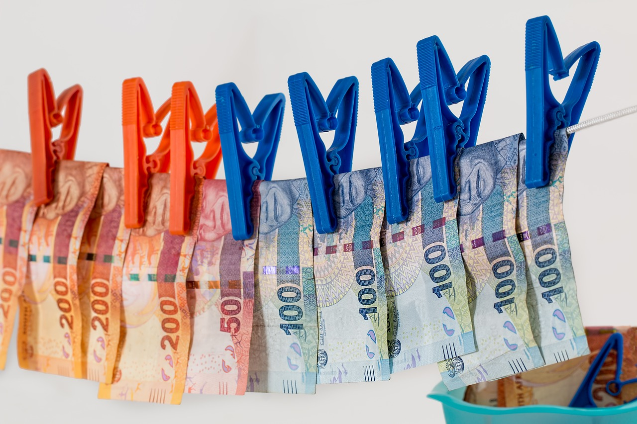 Tax authority uncovers crime ring charged with EUR 12m VAT fraud