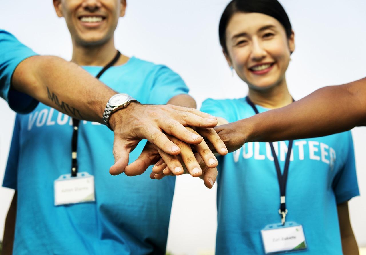 volunteer voluntary work