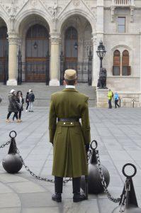 soldier parliament budapest