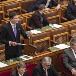 Marching towards a dictatorship, says Jobbik deputy leader