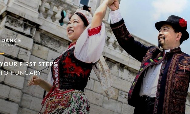 English-language webpage makes Hungarian folk dance popular in the world – Videos
