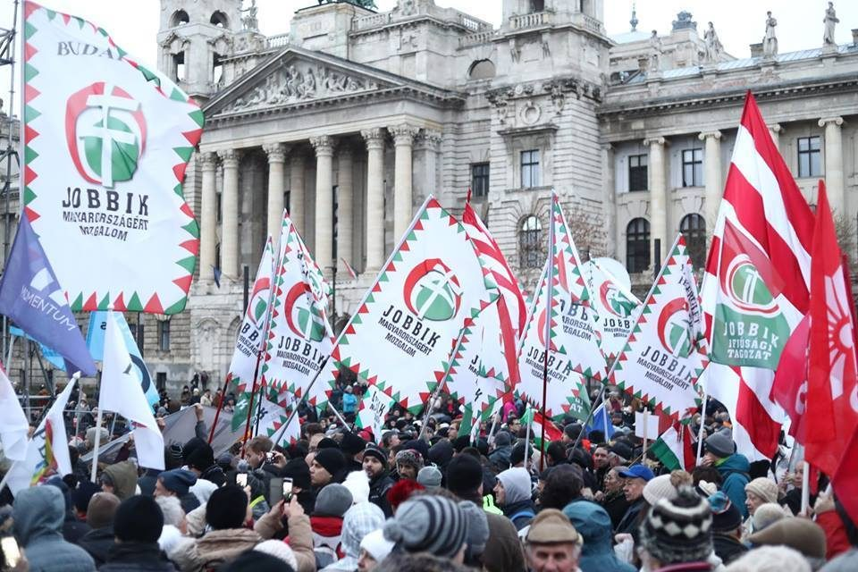Second strongest political party Jobbik to be eliminated by the State Audit Office?