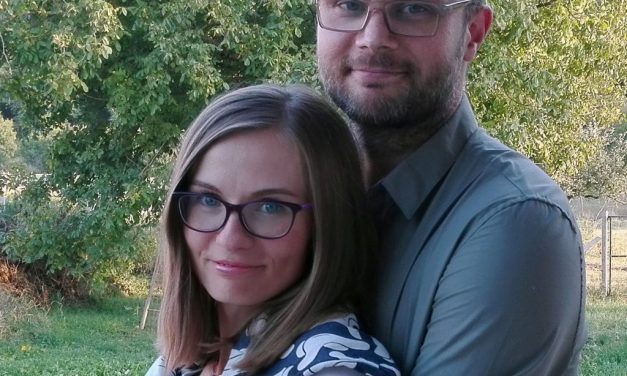 A young Hungarian couple dominates YouTube